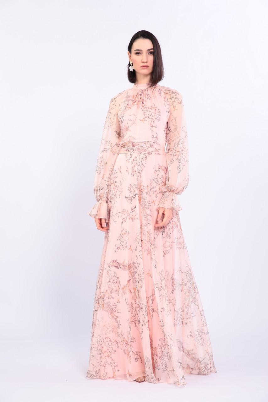 Воздушное розовое длинное платье